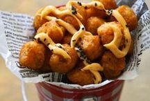 Craving: fries & tots / #frenchfries #recipes #fry / by Cassie Laemmli | Bake Your Day