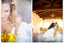 Real Wedding : You Are My Sunshine / Wedding flowers in shades of golden yellows.