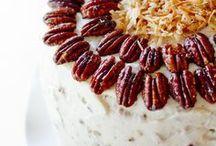 Cake/Cupcakes - Italian Cream / by Meriem Bustos