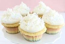 Cake/Cupcakes - Coconut / by Meriem Bustos
