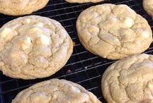 Cookies - White Chocolate Recipes / by Meriem Bustos