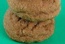 Cookies - Gingerbread & Spice / by Meriem Bustos