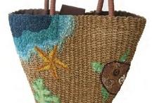 Beach Bags / Aquellos bolsos que nos hacen la estancia en la playa o la piscina mucho más agradable... y que llevas de todo!!