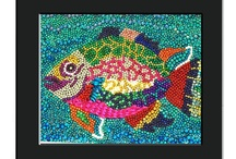 mosaics that inspire / create beautiful mosaics with mardi gras beads, glass, tile and other objects.