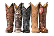 Boot Scootin' / by Whitney Wiggins
