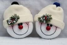 Holiday-Ornaments by Felt / Holiday crafts made of felt / by Jane Rausch