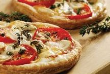 Pizza / So many different types of pizza and different ways to serve it