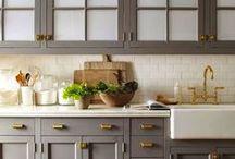 Kitchens / by Laurel Swaney
