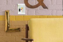 - Flexa's colour of 2016: Okergoud / Ochre Gold - / Looking both < ways >