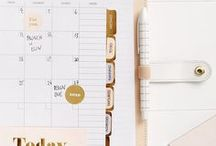 Really Pretty Stationery | Dreamy dress / Stationery I really like for my office. Calendars, agendas, notepads, envelopes and everything we need to have on the desk