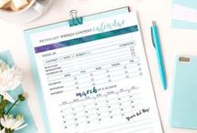 Printables Make Everything So Easy / Printables are my favorites on Pinterest, you can have a new calendar in under a minute.