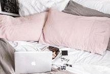 Dorm/Apartment Decor / Cute decorating ideas for dorm rooms, first apartments, or college girls' bedrooms.