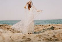 Boho Beach Bridal Inspiration / Boho brides and beach styling