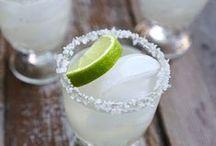 CELEBRATE: Cinco de Mayo / Cindo de Mayo cocktail recipes and appetizers.