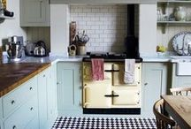 Kitchen / by Stormie Burns
