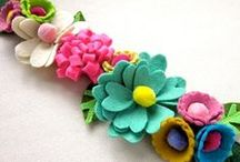 Felt / Felt crafts, inspiration and DIY tutorials! / by Linda (burlap+blue)