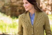 HandmaineKnits / I design and write knitting patterns.  Here is some of my work.