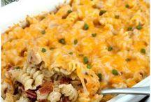 Chicken Recipes / Easy chicken casserole recipes, tasty chicken wing recipes, baked chicken, grilled chicken recipes, and more!
