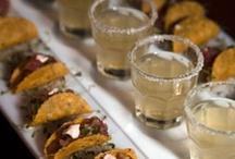 Food & Drinks / by Dana Rodgers