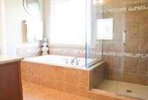 Bathrooms / Pictures and ideas for bathroom layouts and trends.