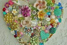 Designs / For inspiration for all my crafty artistic mind / by Lee Anne Bourque