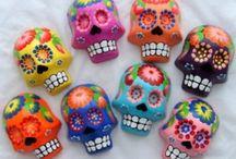 Día de los Muertos / Day of the Dead / by Heather Denise