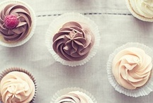 lovely macarons, cupcakes & little sweets