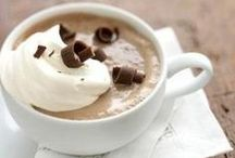 Teacups & Coffee Mugs / by Jessi Logan