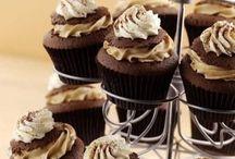 Baking / Tasty, beautiful cakes and treats. http://spirited-mama.com/