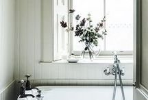 Tessuti Loves Bathrooms