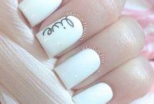 Fingernail Fetish / by Alysa Gillis