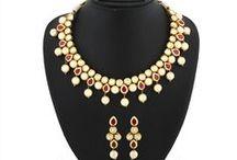 Kundhan Necklace Set