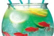 Drinks / by Teri Lasseter