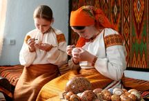 PYSANKY  HUTZUL Style / Colors are typically yellow, orange, red, green and black.