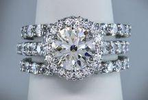 Jewelry / by Jillian Savoie
