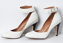Lovely Shoes / by Maria Marquez