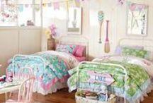 Girlie Room Ideas / by Danielle Pearson
