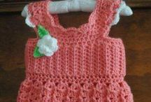 Crochet... Yes, I can! / Crochet projects... some w/ patterns, some w/o but pinned for inspiration  / by Debbie Gladden