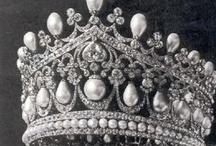 always keep a crown handy / by Susan Seegert