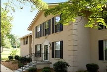 Greystone at Country Club - Columbus, GA / A lifestyle in the center of it all. Greystone at Country Club is located just off Cherokee Avenue in the heart of the Lakebottom District, adjacent to the Country Club of Columbus. Convenient to parks, shopping and schools, Greystone at Country Club is just a few minutes from  Columbus' Central Business District. http://www.greystoneproperties.net/greystone-at-country-club.htm / by Greystone Properties