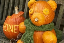 Pumpkin Decorating / Decorate your space this Halloween with these fabulous pumkin decorating ideas! Make your pumpkin as special as you are! Carve spooky shapes with these great tips or create an easy no-carve pumpkin without lifting a knife! The possibilities are endless!