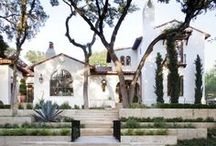 curb appeal. / vintageluxe house design inspiration