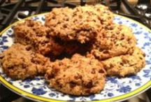 Paleo Baking and Treats / Paleo-fied baked goods that hit the spot, but don't force you to take a hit to your health!