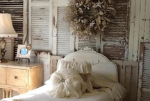 white,burlap,linen & lace / by Barbara Shilling