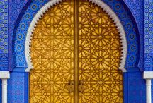 Doors / Beautiful doors and entrances from around the world, to feed my wanderlust