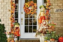 Happy Harvest / Harvest season decor.