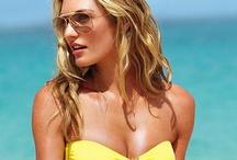 Victoria's Secret Swim 2013  / Pe blogul inTRND.ro veti gasi intotdeauna cele mai recente trenduri, inclusiv trendurile in materie de costume de baie pe care se impune sa le asortati armonios cu perechea de ochelari de soare!