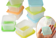Mini Dippers! - small containers / Small containers for dips, sauces, dressings and more. Or store some little crafty thingies in them. Or make and freeze baby food in them. Super kid-friendly lids in 4 colors. Easy on, easy off. And the coolest thing? They're leak-resistant and BPA-free. Not intended for microwave. Dishwasher and freezer safe. $7.95 for a set of 8. Get 'em here: http://bit.ly/Rvgl7Q / by EasyLunchboxes