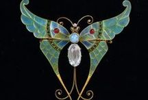 Vintage insect jewelry