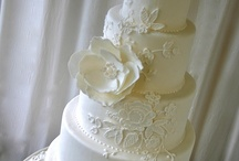dresses and cakes / by Ellen Bartlett (Cakes to Remember)